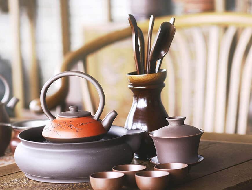 Visit a family run tea roasting plant