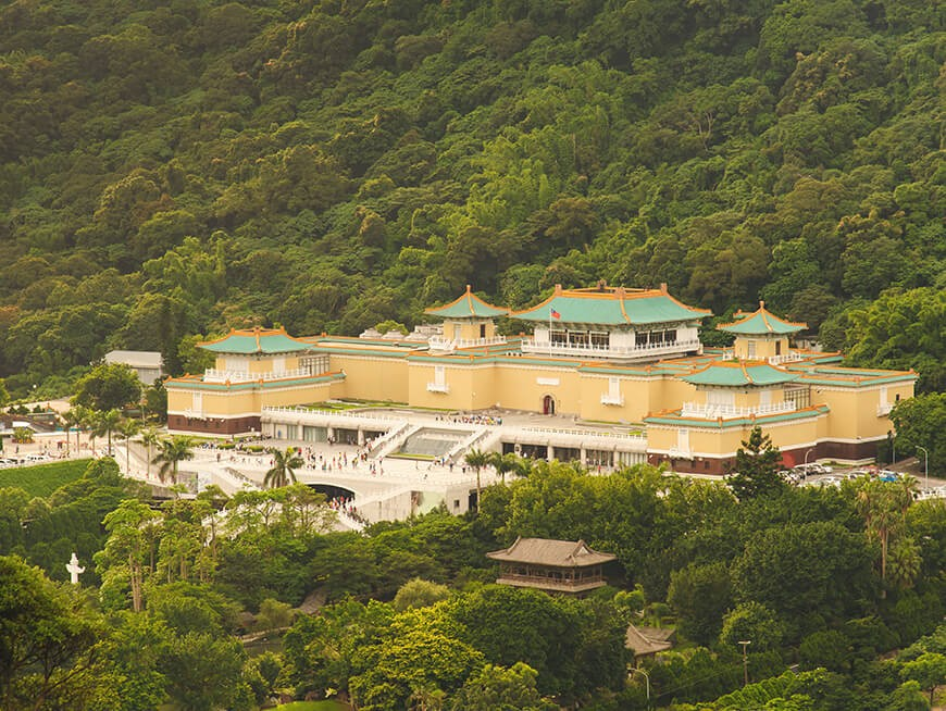 Explore 5000 years of Chinese culture and history at the National Palace Museum