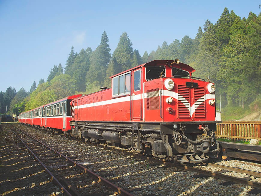 Early morning ride through the scenic mountains on the Alishan Forest Railway