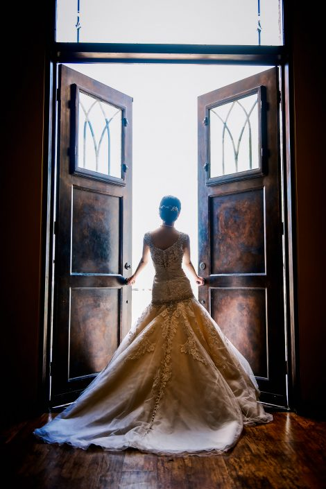 Briscoe Manor Bridal Portrait by Houston Wedding Photographers Nate Messarra Photography
