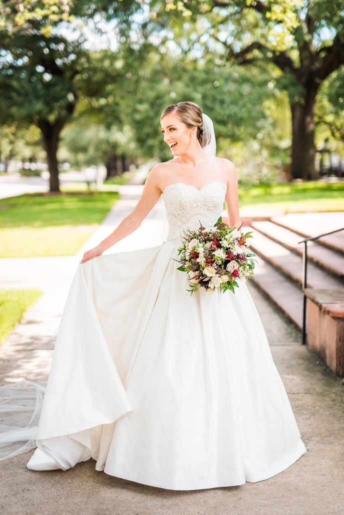 Gorgeous Houston Bride at the Astorian and St. Paul's UMC