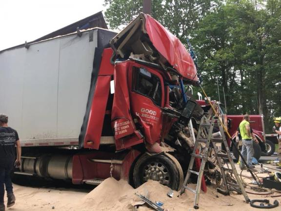 Traffic flowing after truck crash on I-80 in Monroe | Times