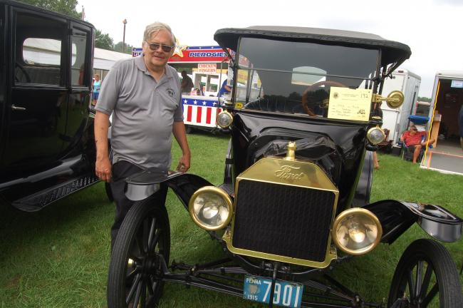 TERRY AHNERTIMES NEWS Ron Smith Of Allentown Displays This - Henry ford car show