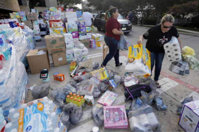 Volunteers Collect And Organize Tons Of Donations For Hurricane