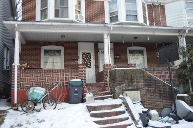 Mold causes concern Spores found in Tamaqua row house