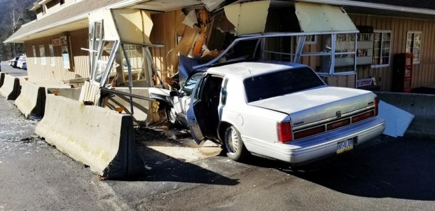 Man With Suspended License Crashes Into Restaurant Times News Online