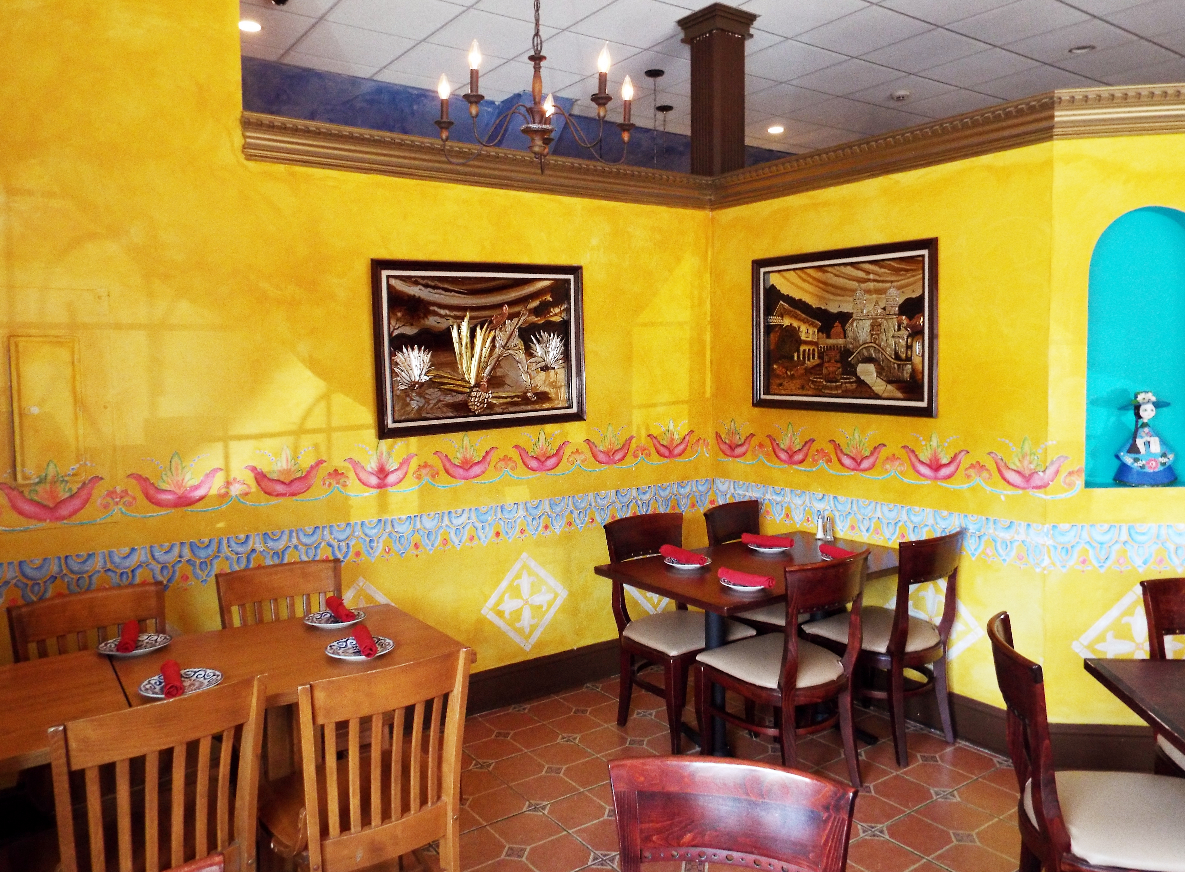 Hacienda Don Manuel Offers a Taste of Mexico | The Newtown Bee