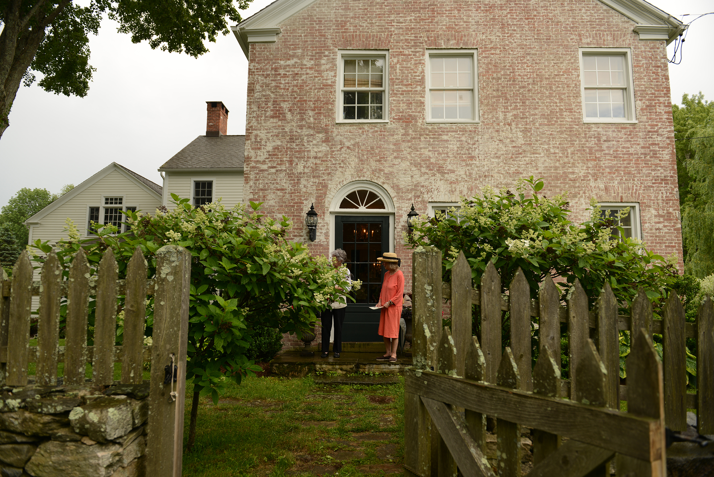Guests Enjoy House And Garden Treasures During Historical Society ...