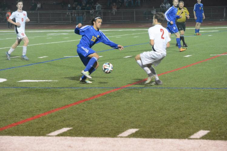 Adam Faley controls the ball. (Bee Photo, Hutchison)