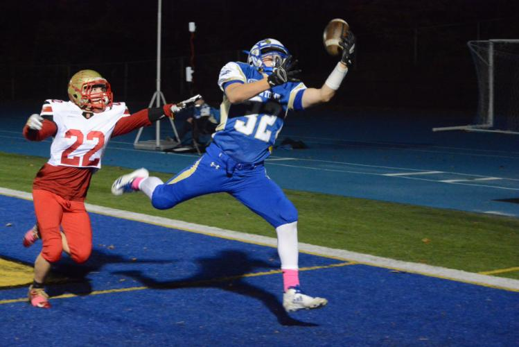 Shea Talbot tries to make a tough catch in the end zone. (Bee Photo, Hutchison)