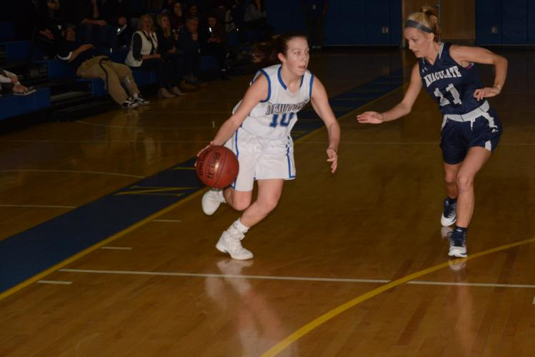 Cyleigh Wilson dribbles past a defender. (Bee Photo, Hutchison)