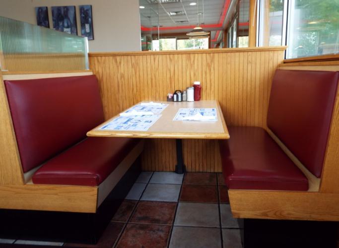 AS_-Elmers-Diner_-booth-seating.jpg