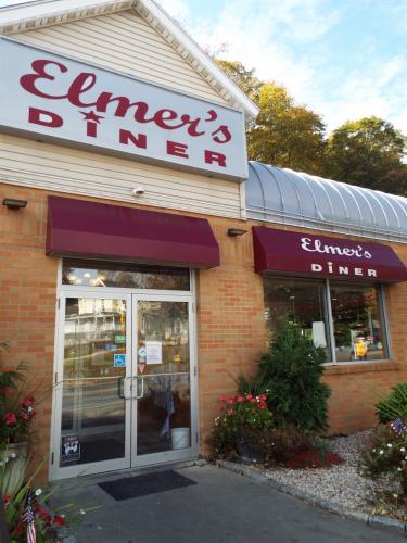 AS_-Elmers-Diner_-restaurant-signs.jpg