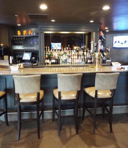 AS_-Ethan-Allen-Hotel-Restaurant_-bar.jpg