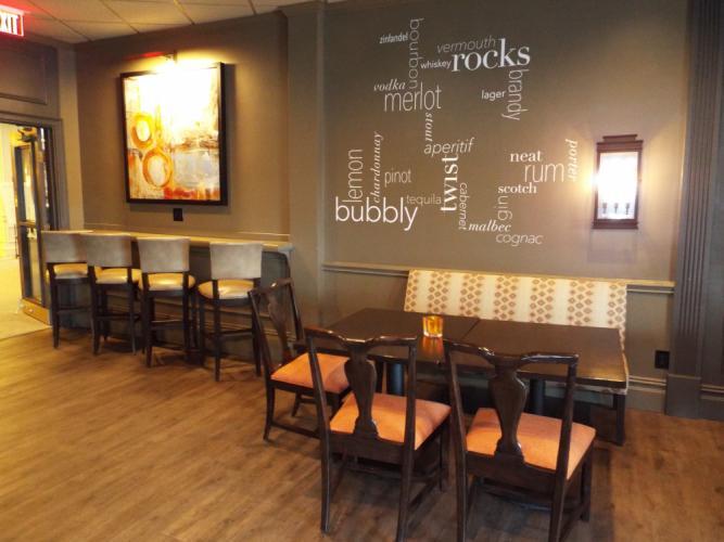 AS_-Ethan-Allen-Hotel-Restaurant_-lounge.jpg