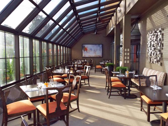 AS_-Ethan-Allen-Hotel-Restaurant_-solarium.jpg