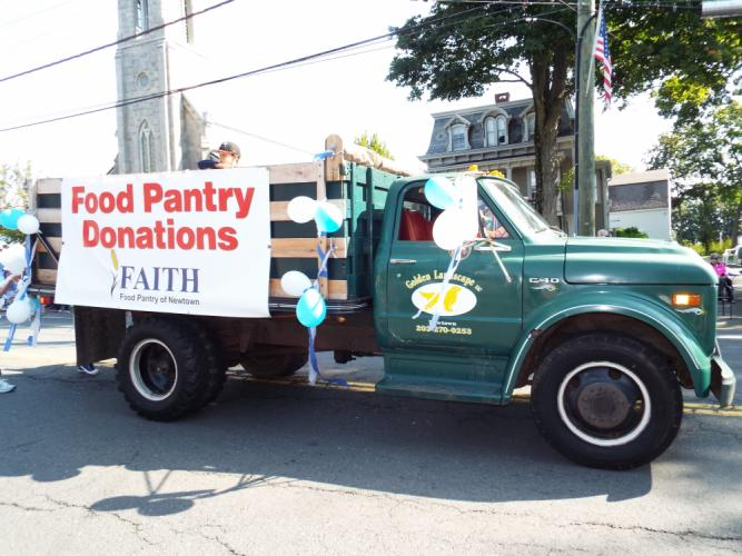 Donations for FAITH Food Pantry were collected during the Labor Day Parade on Monday, September 4. (Bee Photo, Silber)