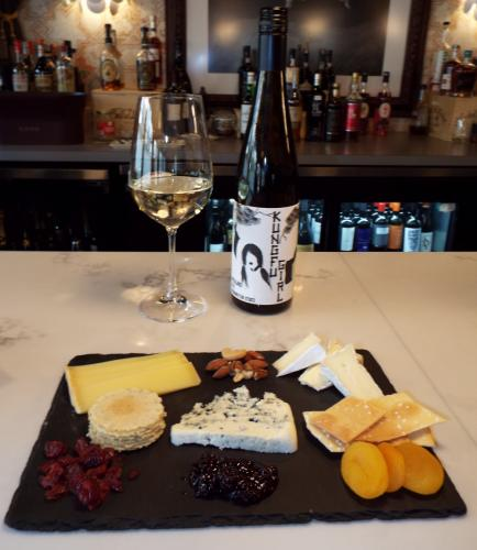 AS_-Nouveau-Monde-Wine-Bar_-Cheese-and-wine.jpg