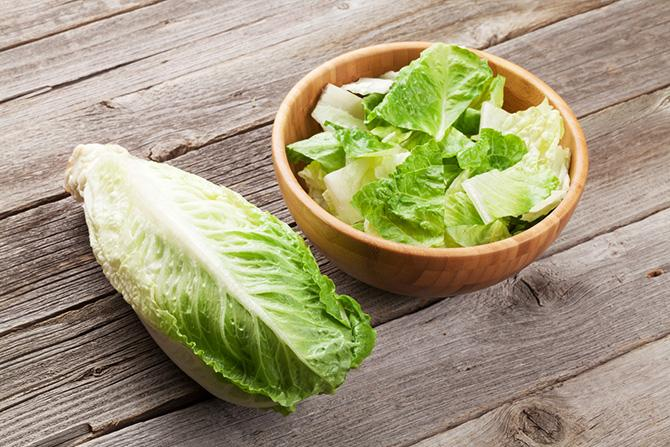 The US Centers for Disease Control and Prevention expanded its warning about tainted romaine from Arizona Friday, April 20, saying information from new illnesses led it to caution against eating any forms of the lettuce that may have come from the…