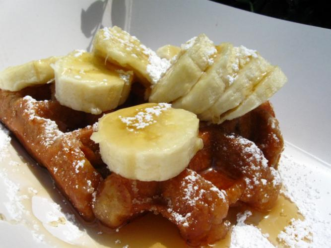 Cafe-Xpresso-Waffle-Bananas.jpg