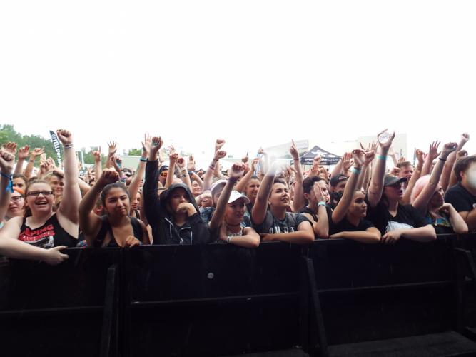 Fans during New Found Glory's set held their fists high up in the air.  (Bee Photo, Silber)