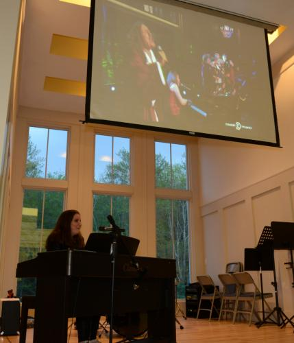 "While she performed Saturday night, Jodi DiPiazza was accompanied by a slide show of images from her early childhood. One image, above, featured one of her career highlights: Ms DiPiazza's performance with ""Weird Al"" Yankovic during a Comedy Central…"