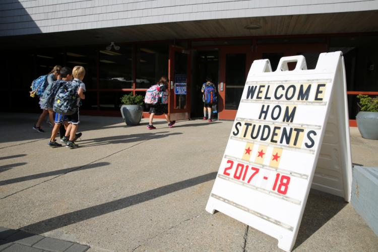 EH_-First-Day-of-School-HOM-welcome-sign.jpg