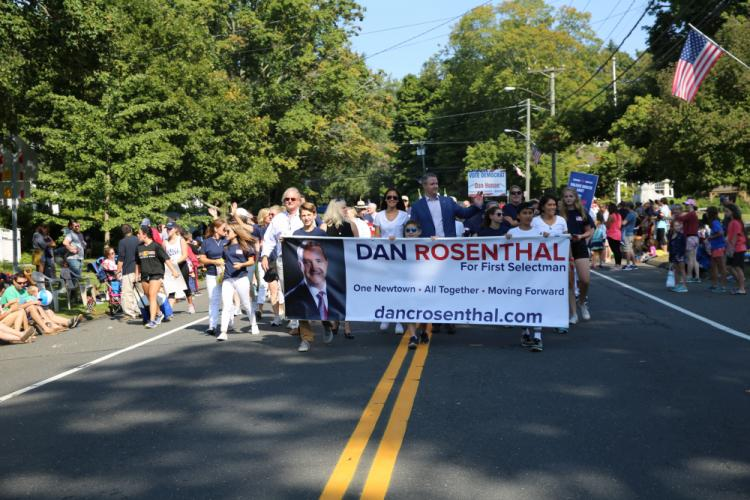 First Selectman candidate Dan Rosenthal marched down Main Street with supporters at the 2017 Labor Day Parade. (Bee Photo, Hallabeck)