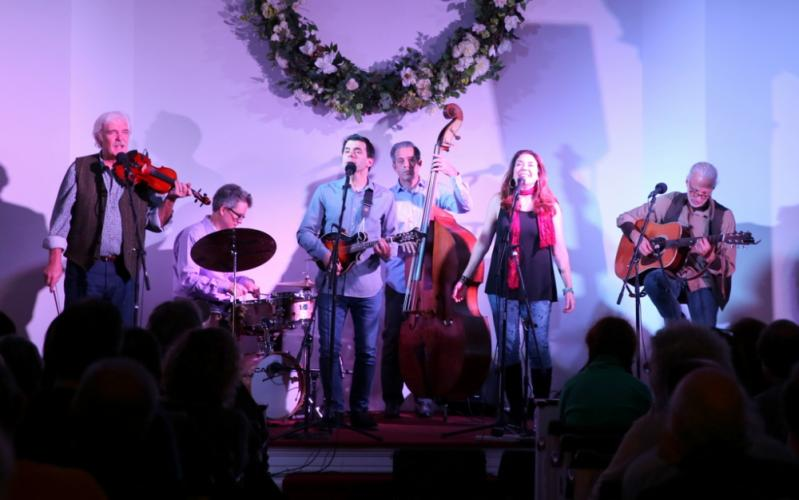 Flagpole Radio Cafe Orchestra - from left is Howie Bujese, Greg Burrows, Jim Allyn, Rick Brodsky, Francine Wheeler, and Richard Neal - perform on November 4 at Newtown Meeting House. (Bee Photo, Hallabeck)