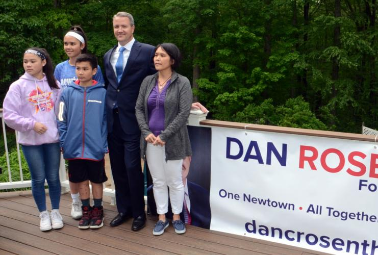 Former Newtown Councilman and Police Commissioner Dan Rosenthal announced his intention to run for first selectman during a brief visit with The Newtown Bee May 30. The yet-to-be endorsed Democratic candidate is following in the footsteps of his…