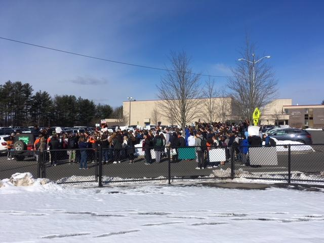NHS students filled in space in the school's parking lot during the March 14 walkout. (Nathalie de Brantes photo)