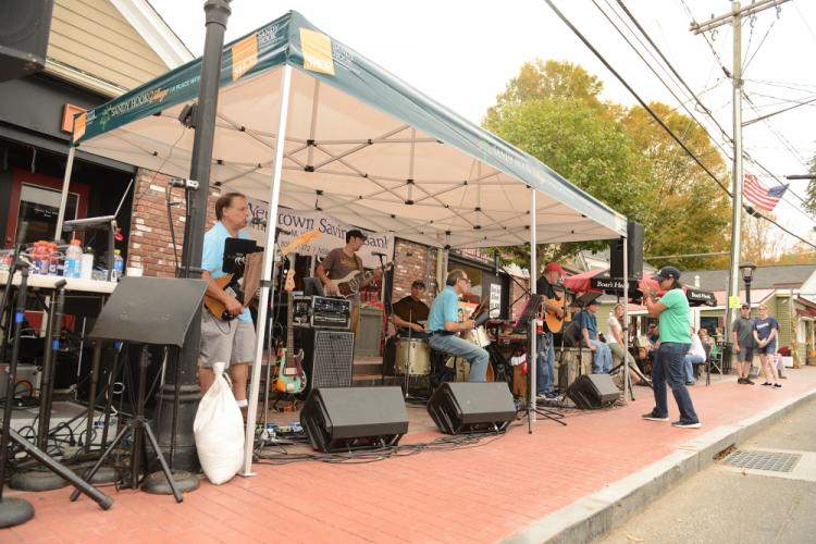 Saturday afternoon in Sandy Hook offered live music, children's activities, food/refreshments, local business open house events, a chance to win one of three gift baskets, and more. -Bee Photo, Bobowick