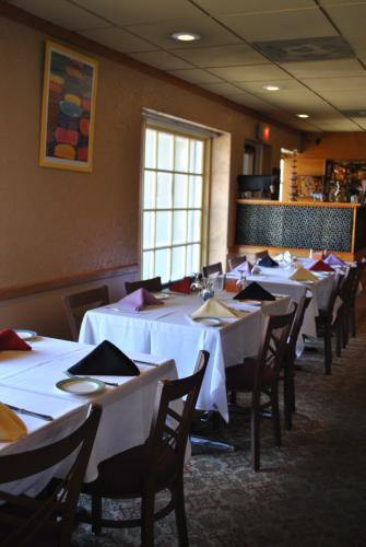 NC-Kolam-dining-room-1.jpg