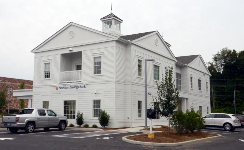 Newtown Savings Bank's new Church Hill Road branch is located in the Village at Lexington Gardens.