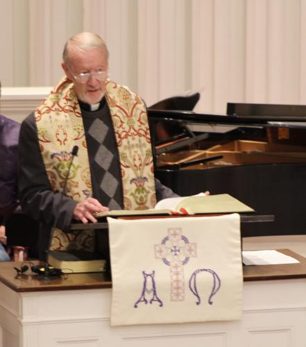 Rev Leo McIlrath offered a brief prayerful reflection before sharing the story of The Seven Generations Principle.  (Bee Photo, Hicks)