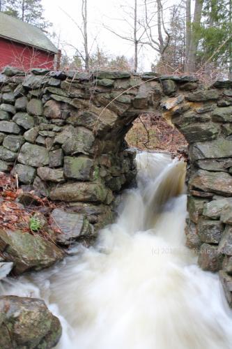 SH_Monday-rain-Zoar-Road-rock-wall-opening.jpg
