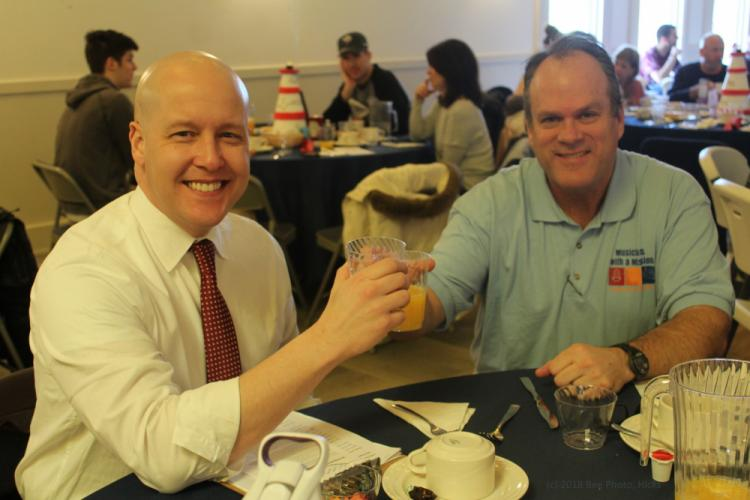 SH_NEWS-breakfast-recap-Edwards-Crebbin-with-orange-juice-toast.jpg