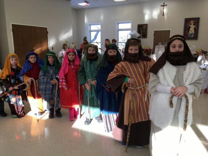 St-Rose-Live-Nativity-pvw-shepherds.jpg