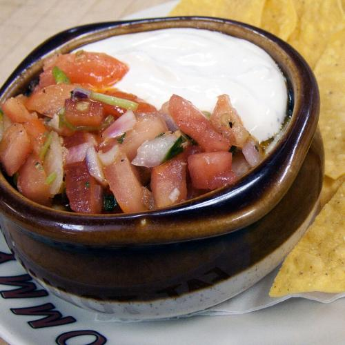 The-Cookhouse_-chips-and-dip.jpg