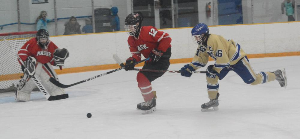 David Brestovansky, right, logged a hat-trick in a 6-3 win over Barlow. (Bee Photo, Hutchison)