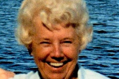 Obituaries | The Newtown Bee