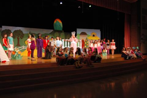 Reed Intermediate School students rehearsed for The Wizard of Ozon Tuesday, May 14.