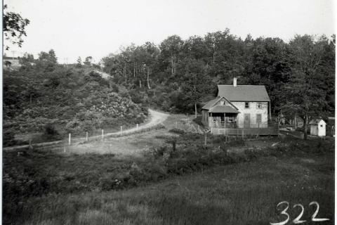 In a Newtown Historical Society folder was a long-ago photo of Dead Man's Curve, the precarious bend along South Main Street (previously Brigeport-Newtown Road) that was somewhat realigned prior to the construction of Sand Hill Plaza. No details…