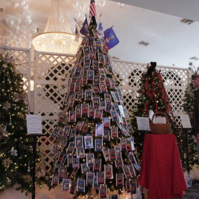 Richard Moody/Columbia-Greene Media Elaborately decorated Christmas trees  on offer at the Fortnightly Club of Catskill's annual Festival of Trees on  ... - Festival Of Trees Kicks Off Holiday Season Hudson Valley 360