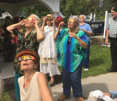 NASA eclipse viewing draws crowd to Petersburg Library