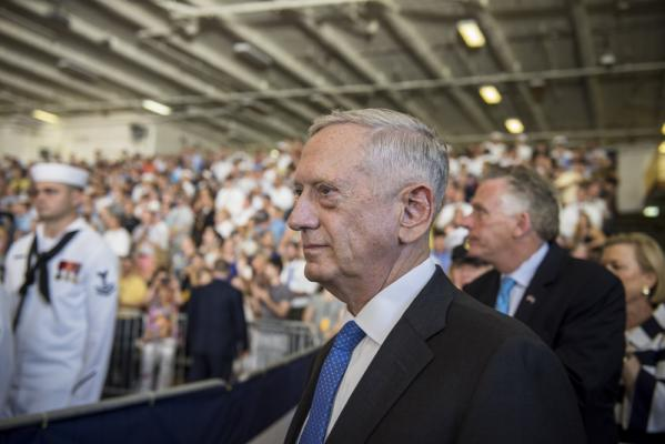 Mattis in Ukraine: Russia redrawing borders 'by force'