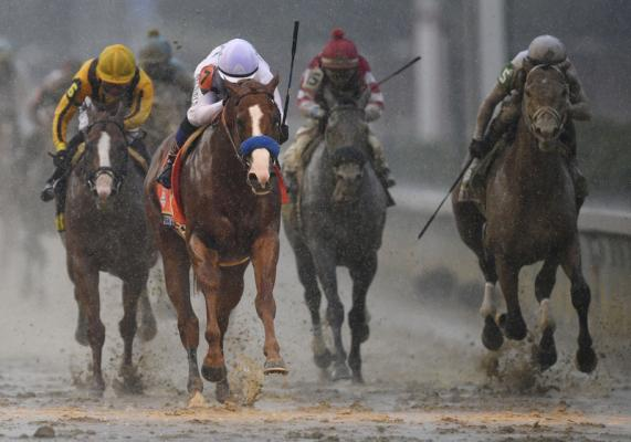 Girl's $18 wager on Kentucky Derby day wins $1.2 million
