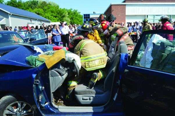 CHS holds a mock DWI drill | Hudson Valley 360