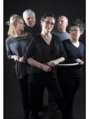 Theater Voices presents 'Circle Mirror Transformation'