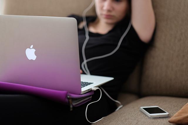 Girl apple laptop